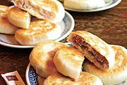 金黃美味的 - 爆漿餡餅